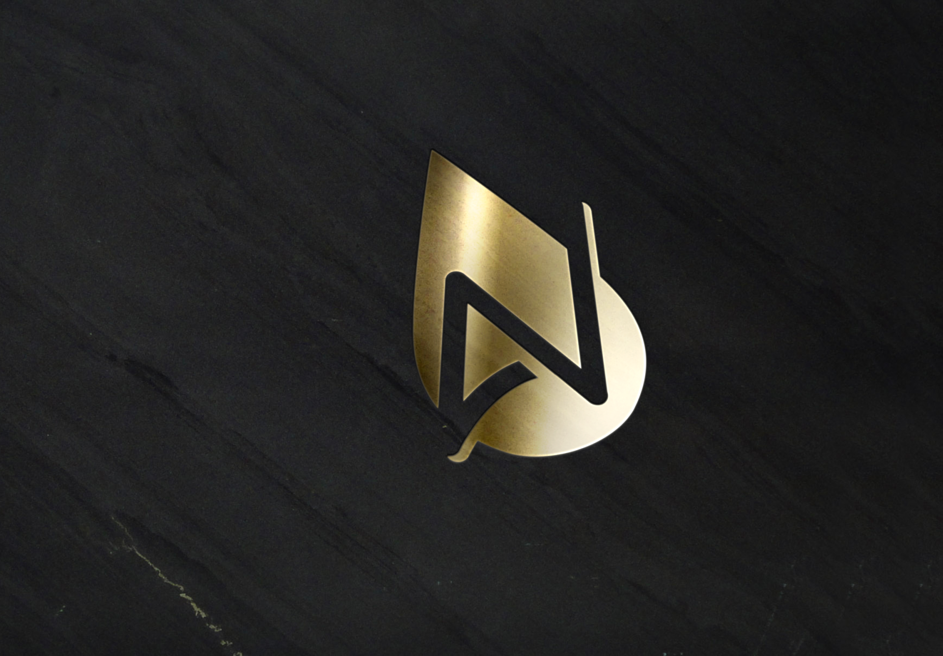Logo aguanova gold slate